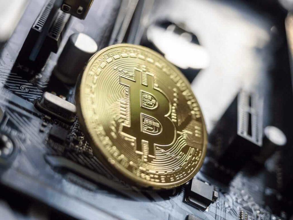 Монета биткоин