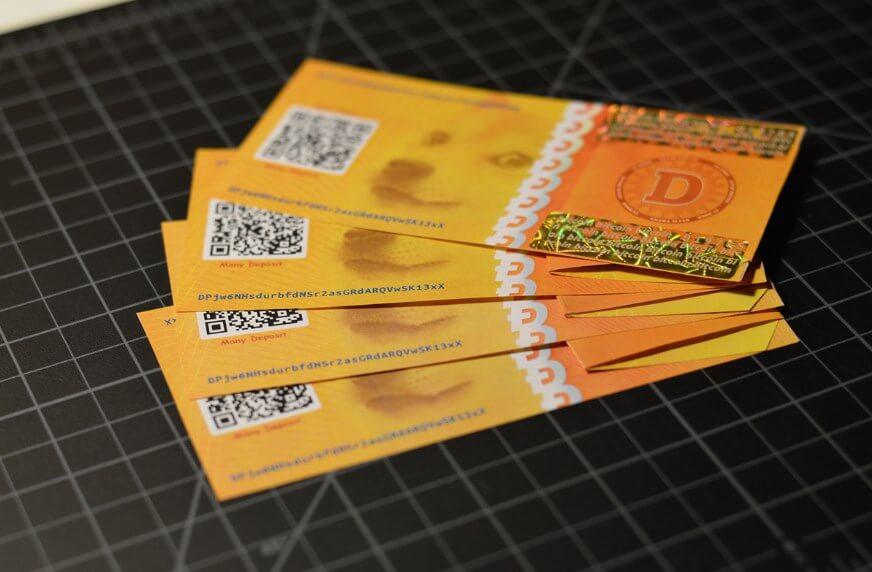 Бумажный кошелек для хранения Bitcoin
