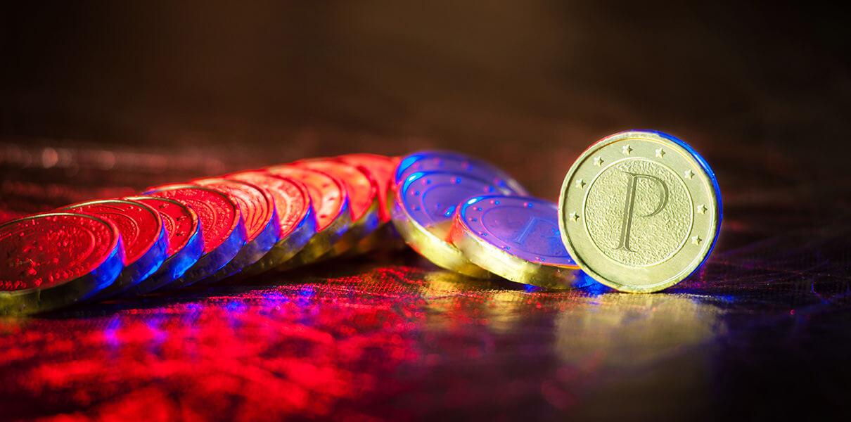 Монеты Petro