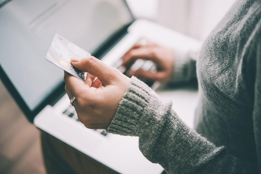Методы перечисления средств с карты Сбербанка