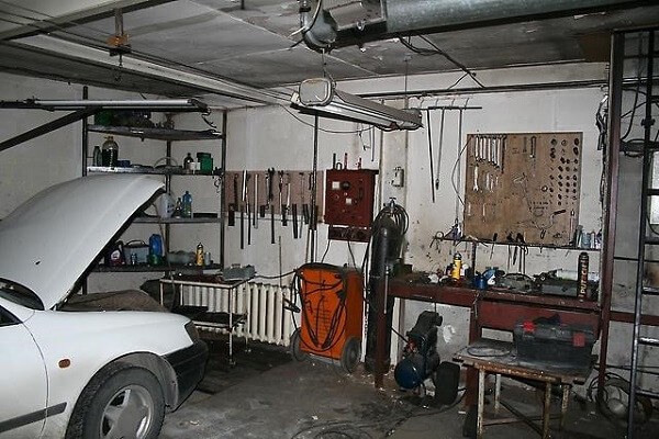 Плюсы и минусы работы в гараже
